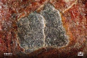 Saudi Arabia release pictures of Black Stone in Mecca