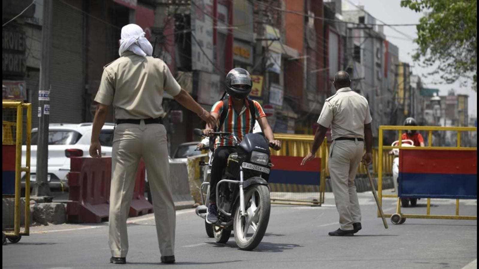 10 DAY LOCKDOWN IN TELANGANA   LOCKDOWN IMPOSED FROM 12 MAY TO 22 MAY